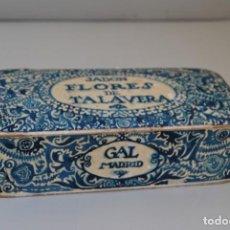 Cajas y cajitas metálicas: ANTIGUA CAJA DE CARTÓN - JABÓN FLORES DE TALAVERA - PERFUMERÍA GAL MADRID - AÑOS 20-30. Lote 189215157