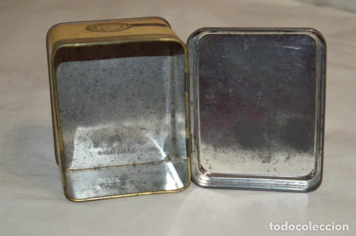 Cajas y cajitas metálicas: ANTIGUA CAJA DE HOJALATA - Eadies Improved Ring T. - Muy bonita, buen estado ¡Mira fotos/detalle! - Foto 8 - 192822281