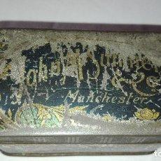 Cajas y cajitas metálicas: ANTIGUA CAJA METALICA JOHN M SUMNER -MANCHESTER-. Lote 193173747