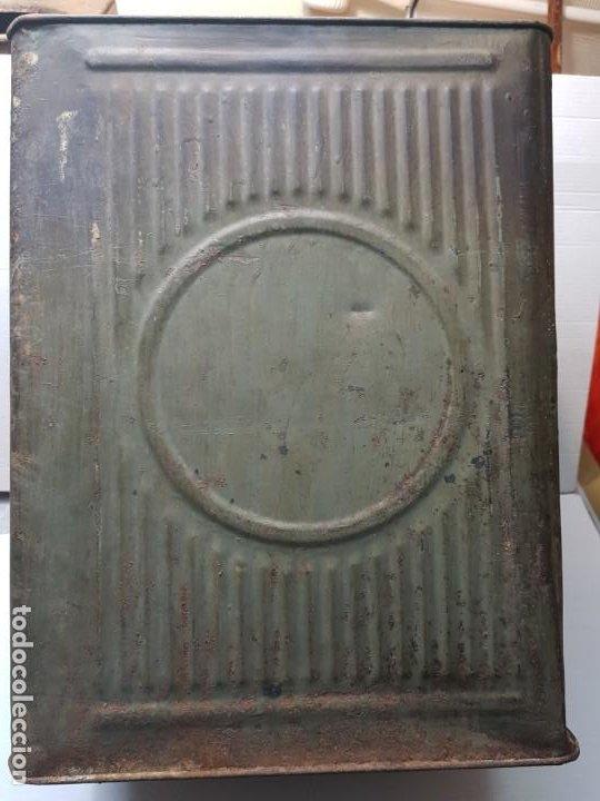LATA HOJALATA GRANDE DE CONFETERIA CON GRABADOS (Coleccionismo - Cajas y Cajitas Metálicas)
