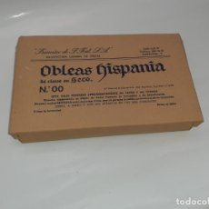 Cajas y cajitas metálicas: CAJA DE FARMACIA OBLEAS HISPANIA FABRICADAS EN BARCELONA AÑOS 30 // CON CONTENIDO. Lote 193352458