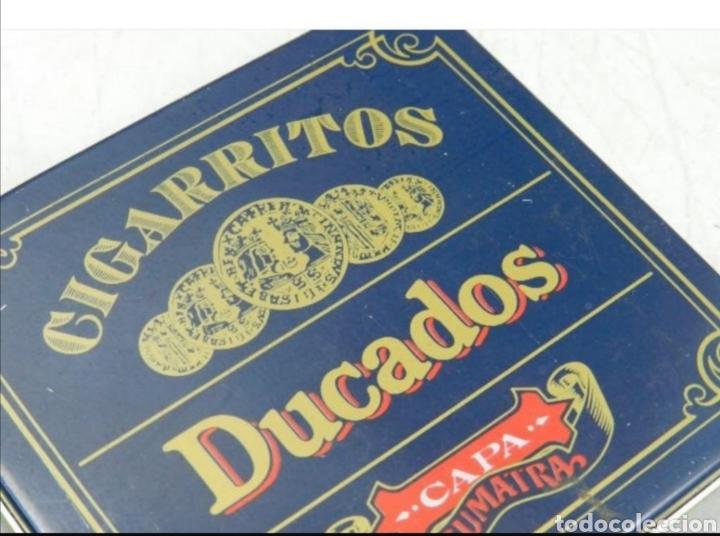 Cajas y cajitas metálicas: Caja tabaco Ducados - Foto 5 - 194294300