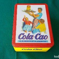 Cajas y cajitas metálicas: CAJA DE METAL COLA-CAO REPRODUCCION DE LA CAJA DE LOS AÑOS 50 COLA CAO (BUEN ESTADO). Lote 194536225