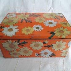 Cajas y cajitas metálicas: CAJA DE COLACAO SERIE FLORES. Lote 194690355