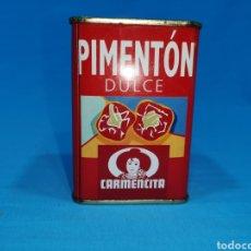 Cajas y cajitas metálicas: LATA DE PIMENTÓN DULCE, CARMENCITA. NOVELDA (ALICANTE). Lote 194761283