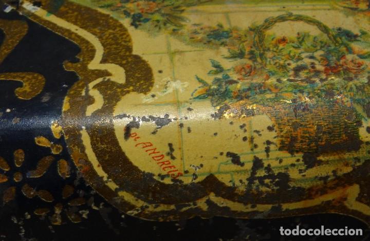 Cajas y cajitas metálicas: ANTIGUO CABAS DE HOJALATA LITOGRAFIADA G. DE ANDREIS DE BADALONA CON PUBLICIDAD. FINALES DEL XIX, - Foto 6 - 194881802