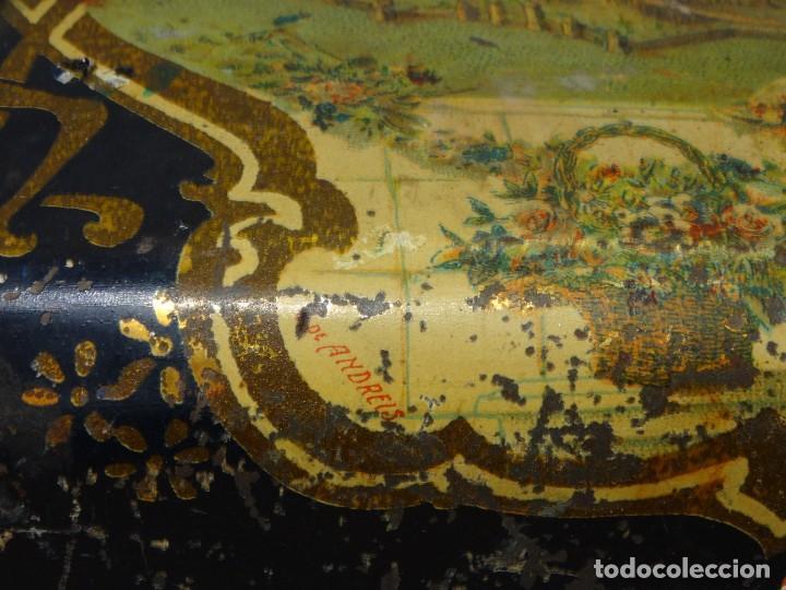 Cajas y cajitas metálicas: ANTIGUO CABAS DE HOJALATA LITOGRAFIADA G. DE ANDREIS DE BADALONA CON PUBLICIDAD. FINALES DEL XIX, - Foto 7 - 194881802