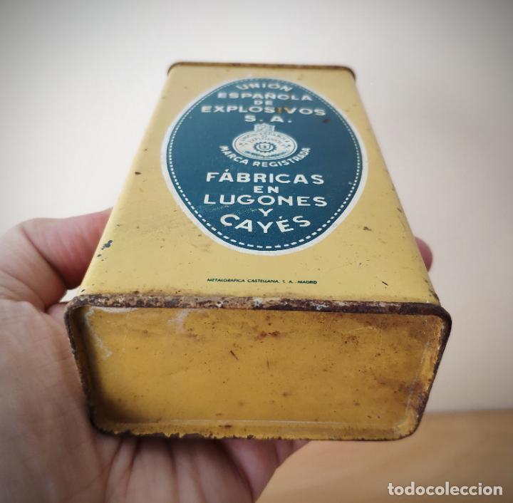 Cajas y cajitas metálicas: CAJA LATA POLVORA P. S. B. 250 GR. - UNION ESPAÑOLA DE EXPLOSIVOS LUGONES Y CAYES - ASTURIAS - Foto 4 - 194881936
