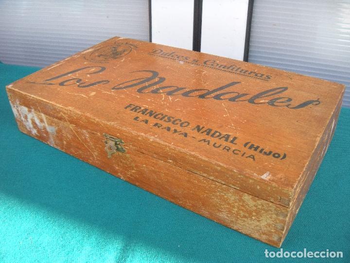 Cajas y cajitas metálicas: CAJA DULCES Y CONFITURAS LOS NADALES FRANCISCO NADAL LA RAYA MURCIA - Foto 3 - 194899190
