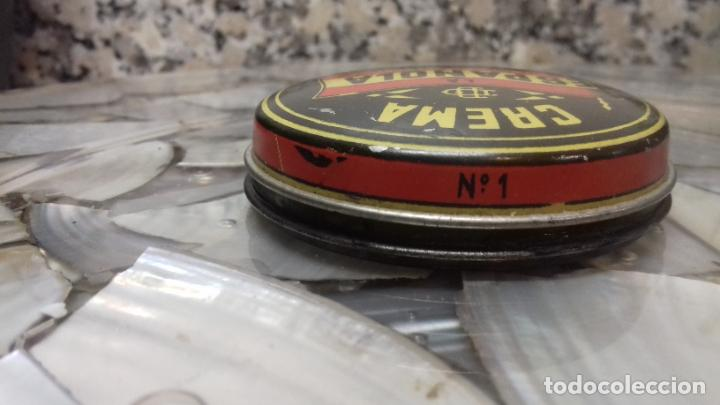 Cajas y cajitas metálicas: ANTIGUA LATA DE CREMA LA ESPAÑOLA - Foto 6 - 194906191