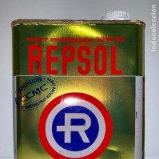 Cajas y cajitas metálicas: ANTIGUA LATA REPSOL 2 LITROS. Lote 195055668