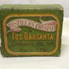 Cajas y cajitas metálicas: ANTIGUA CAJA PASTILLAS CRESPO MEDICAMENTO TOS GARGANTA LAB IBERO TOLOSA ENVASE PROVISIONAL CARTON. Lote 195060701