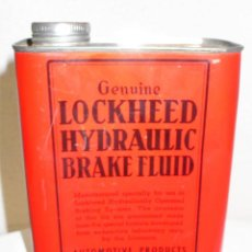 Cajas y cajitas metálicas: ANTIGUA LATA LÍQUIDO HIDRÁULICO LOCKHEED. Lote 195411560