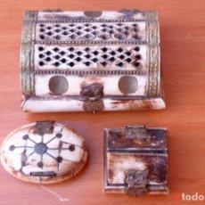 Cajas y cajitas metálicas: LOTE DE 3 CAJITAS O CAJAS DE HUESO. Lote 195424546