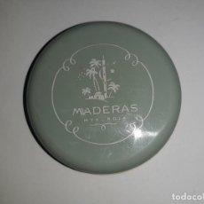 Cajas y cajitas metálicas: ANTIGUA CAJA METAL MAQUILLAJE PLOVO CREMA 07 MADERAS MYRURGIA. Lote 195436777