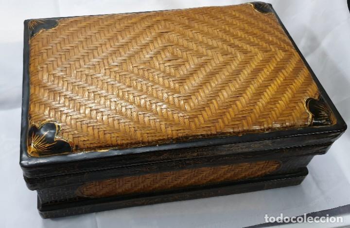 CAJA CHINA DE MADERA (Coleccionismo - Cajas y Cajitas Metálicas)