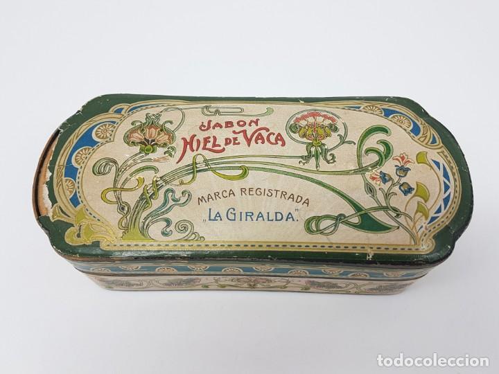 ANTIGUA CAJA DE CARTON LA GIRALDA ( JABÓN HIEL DE VACA ) AÑOS 20 (Coleccionismo - Cajas y Cajitas Metálicas)