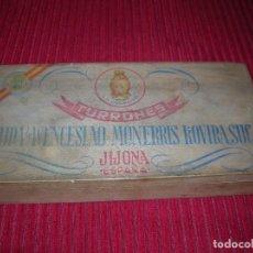 Cajas y cajitas metálicas: ANTIGUA CAJA DE MADERA TURRONES VIUDA DE WENCESLAO MONERRIS ROVIRA SUC.JIJONA. . Lote 198055917