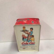 Cajas y cajitas metálicas: LATA DE COLA CAO DE COLECCIÓN. Lote 201361608