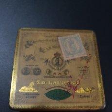 Cajas y cajitas metálicas: ANTIGUA CAJITA METÁLICA DE CIGARRILLOS FIGARO ED LAURENS. Lote 203150745