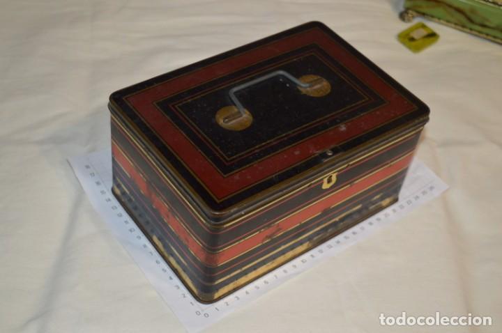 Cajas y cajitas metálicas: Lote 03 / Vintage 3 antiguas cajas de hojalata - Variadas y diferentes tamaños ¡Preciosas, MIRA! - Foto 2 - 203180776