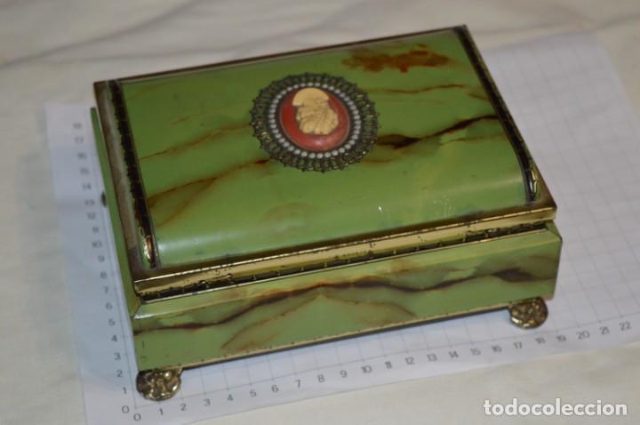 Cajas y cajitas metálicas: Lote 03 / Vintage 3 antiguas cajas de hojalata - Variadas y diferentes tamaños ¡Preciosas, MIRA! - Foto 9 - 203180776