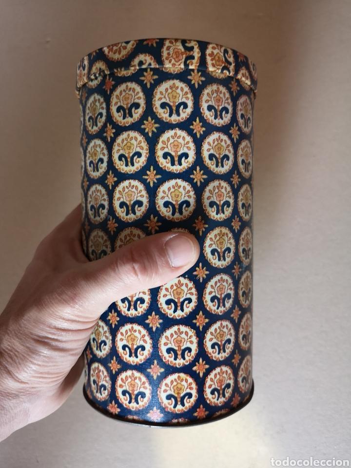 Cajas y cajitas metálicas: Antiguo Bote o Caja de Lata Redonda de la Marca Rifacli - Foto 6 - 203182120