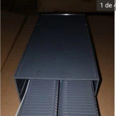 Cajas y cajitas metálicas: ANTIGUA CAJA DIAPOSITIVAS. Lote 205748477