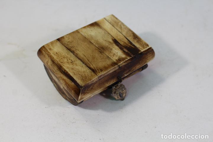 Cajas y cajitas metálicas: CAJITA JOYERO HUESO Y LATON - Foto 2 - 206197262