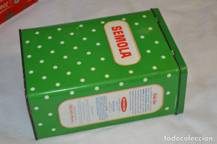 Cajas y cajitas metálicas: COLA-CAO / COLA CAO / Lote 2 cajas antiguas, formatos y épocas diferentes / SEMOLA y LABORES ¡Mira! - Foto 3 - 206926651