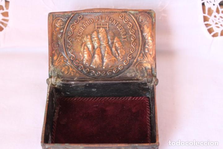 Cajas y cajitas metálicas: JOYERO MODERNISTA DE BARCELONA BRONCE EN RELIEVE VIRGEN DE MONTSERRAT POR F. MAS VIDAL AÑOS 30 s - Foto 8 - 209741001