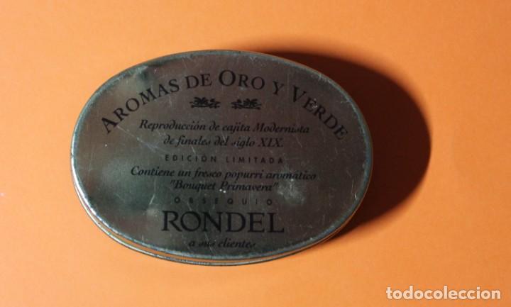 Cajas y cajitas metálicas: CAJA METALICA REPRODUCCION MODERNISTA DE FINALES DEL SIGLO XIX. MEDIDAS 8,5 X 6,0 X 2,5 CM. - Foto 2 - 210794831