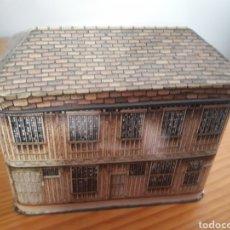 Cajas y cajitas metálicas: CAJA METALICA EN FORMA DE CASA - WILSON'S ENGLISH TOFFEE. Lote 214562007