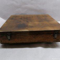 Cajas y cajitas metálicas: CAJA DE MADERA. Lote 217470930