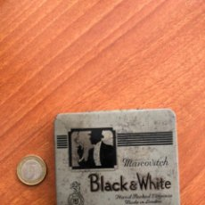 Cajas y cajitas metálicas: ANTIGUA CAJA DE CIGARRILLOS BLACK WHITE. Lote 217601817