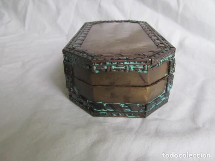Cajas y cajitas metálicas: Caja joyero de madera forrada de cobre - Foto 6 - 218158166