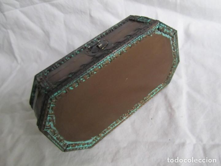 Cajas y cajitas metálicas: Caja joyero de madera forrada de cobre - Foto 7 - 218158166