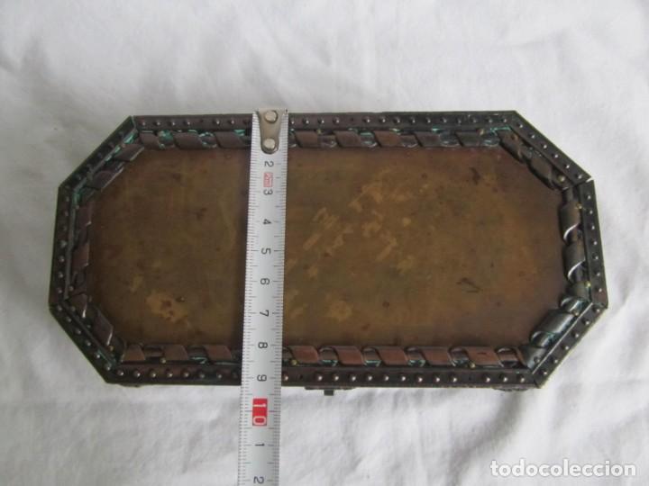 Cajas y cajitas metálicas: Caja joyero de madera forrada de cobre - Foto 10 - 218158166