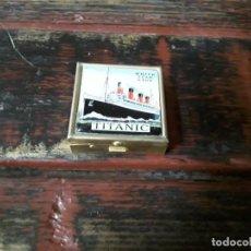 """Boîtes et petites boîtes métalliques: CAJITA BRÚJULA CON LAS BANDERAS INTERNACIONALES """"TITANIC"""". Lote 218735275"""