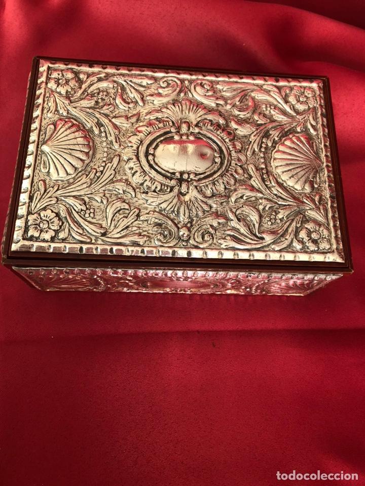 CAJA DE PLATA 925 TODA LABRADA (Coleccionismo - Cajas y Cajitas Metálicas)