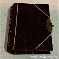Cajas y cajitas metálicas: CAJA CON FORMA DE LIBRO.. Lote 221500960