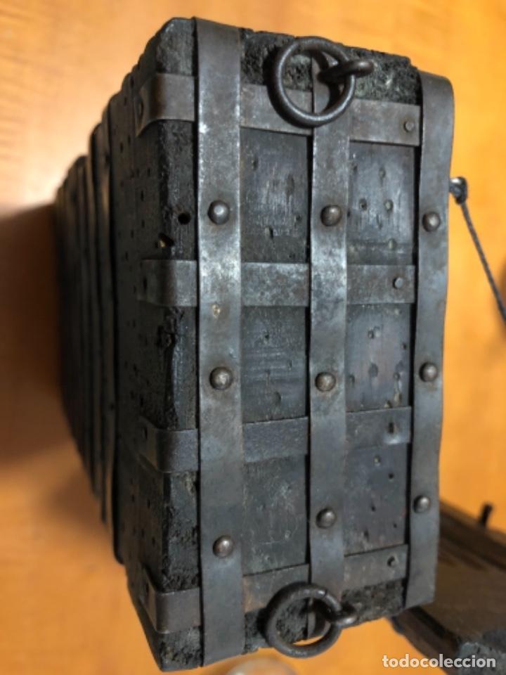 Cajas y cajitas metálicas: Antigua caja de madera noble remachadas en metal pequeño baúl 1929 - Foto 7 - 221803820