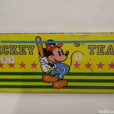 Cajas y cajitas metálicas: MICKEY MOUSE TEAM. Lote 223759876