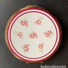 Cajas y cajitas metálicas: STRATTON, POLVERA CON ESMALTE DECORADO.. Lote 254140065
