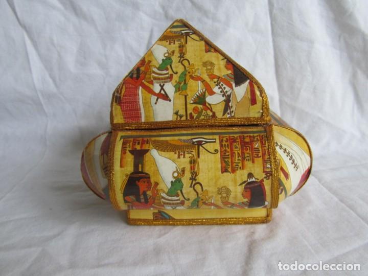 Cajas y cajitas metálicas: Curiosa caja de cartón plastificado tipo papiro, motivos del antiguo Egipto - Foto 2 - 224512302