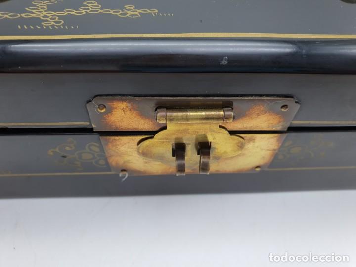 Cajas y cajitas metálicas: PRECIOSA CAJA LACADA CHINA, CON INCRUSTACIONES EN RELIEVE - Foto 4 - 224584120
