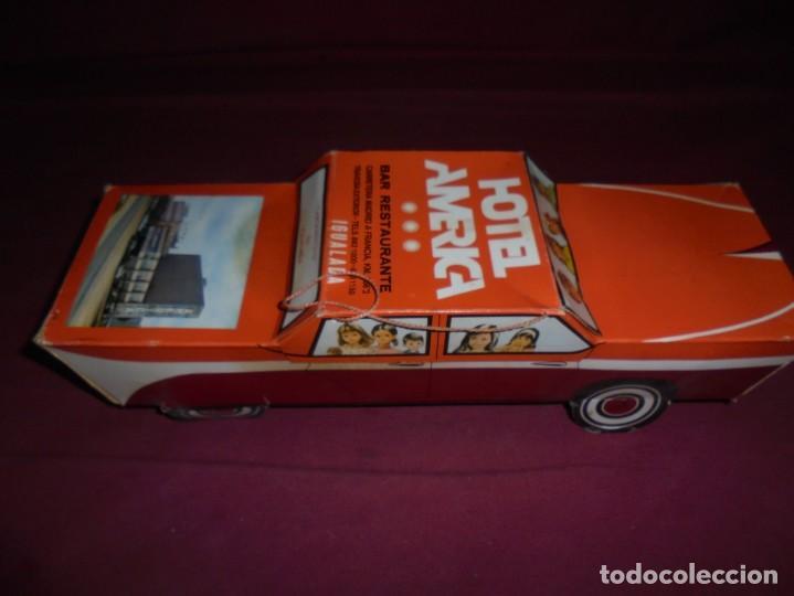 Cajas y cajitas metálicas: magnifica antigua caja de carton en forma de coche carquiyolis de igualada - Foto 3 - 224811588