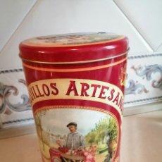 Cajas y cajitas metálicas: CAJA GRANDE VACIA DE LATA BARQUILLOS ARTESANOS DULCERIA LA ABUELA ASUNCION. Lote 226881705