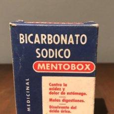 Cajas y cajitas metálicas: CAJA DE BICARBONATO SÓDICO MENTOBOX. Lote 235156025