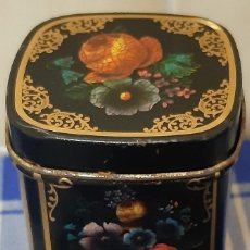 Cajas y cajitas metálicas: ANTIGUO BOTE METALICO DECORADO.. Lote 238705935